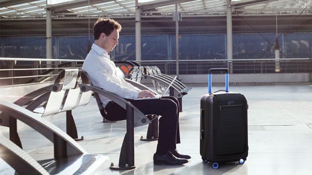 【酷玩儿】这回可以和女朋友一起尖叫了——智能旅行箱 Bluesmart