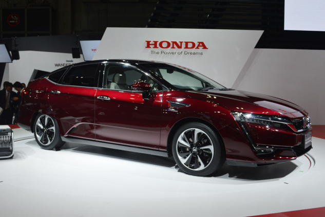 honda-clarity-fuel-cell-053-1