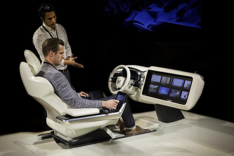 自动驾驶时代,司机干什么?沃尔沃的Concept 26概念车想告诉你答案