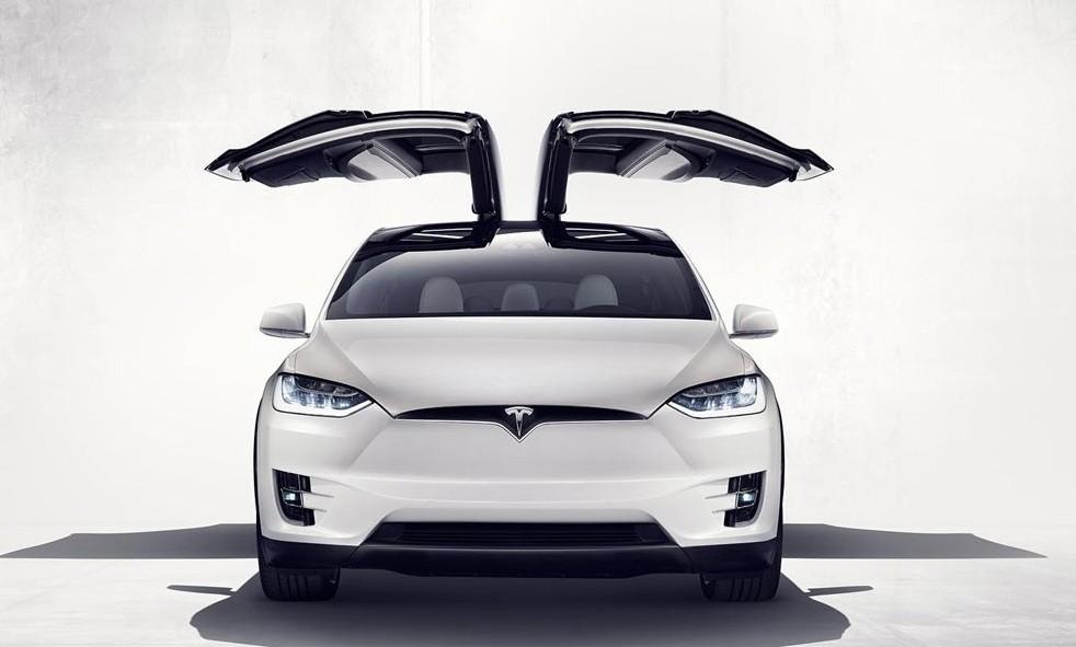 2015年终盘点 | 从幻想到现实:今年最极客的十款量产车