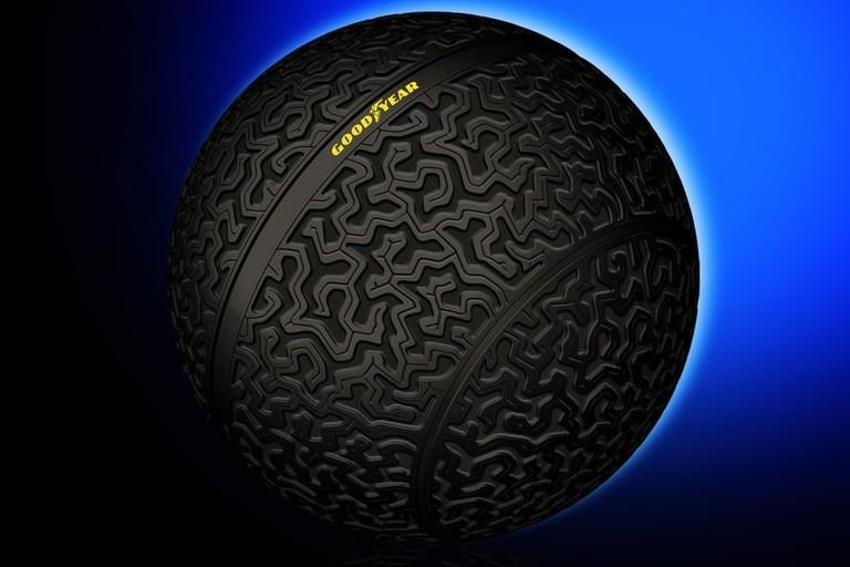 """从固特异的""""球形轮胎"""",聊聊那些关于轮胎的黑科技"""