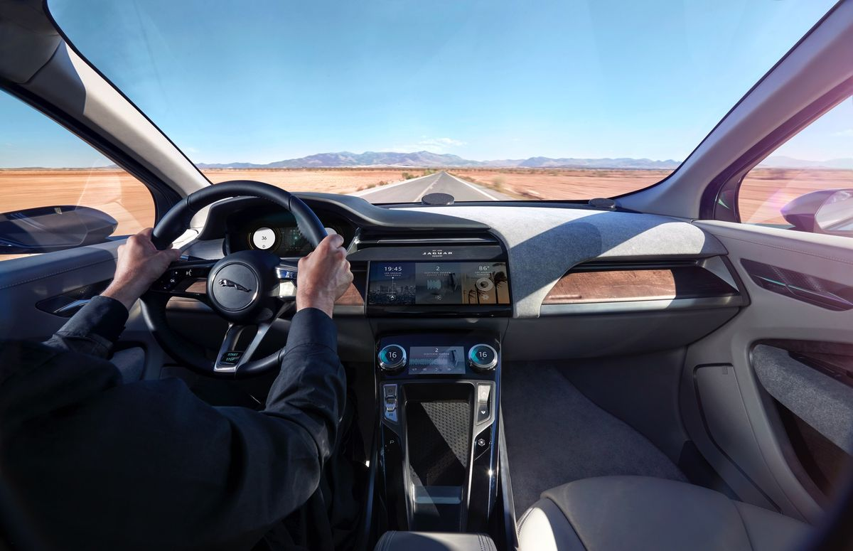 JAGUAR_I-PACE_CONCEPT_Location_Interior_02sm.0