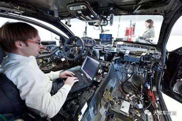 在固定的买车预算下,为什么可靠性和用户体验不可兼得?