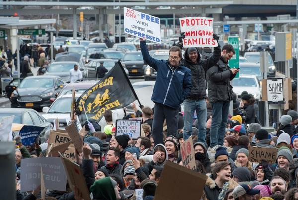特朗普移民禁令之后,Uber 一条推特让自己损失 20 万用户