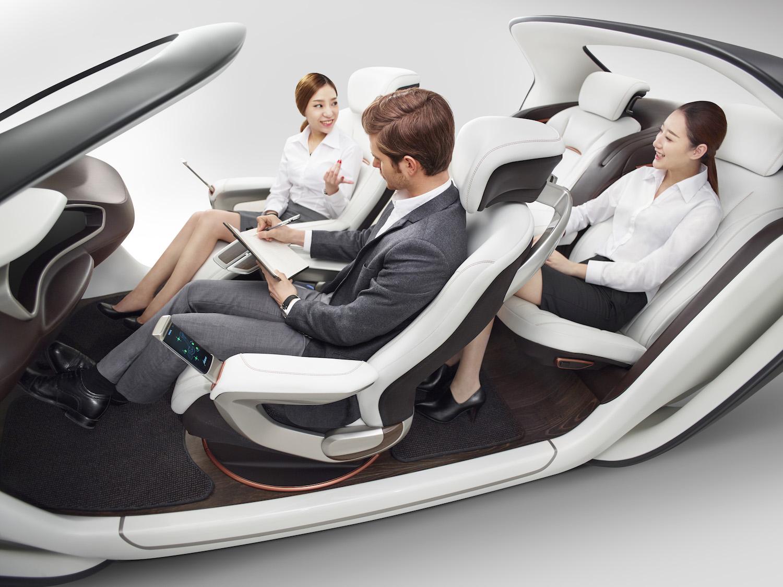 全球最大的汽车座椅供应商,在车展上展示了什么未来趋势?