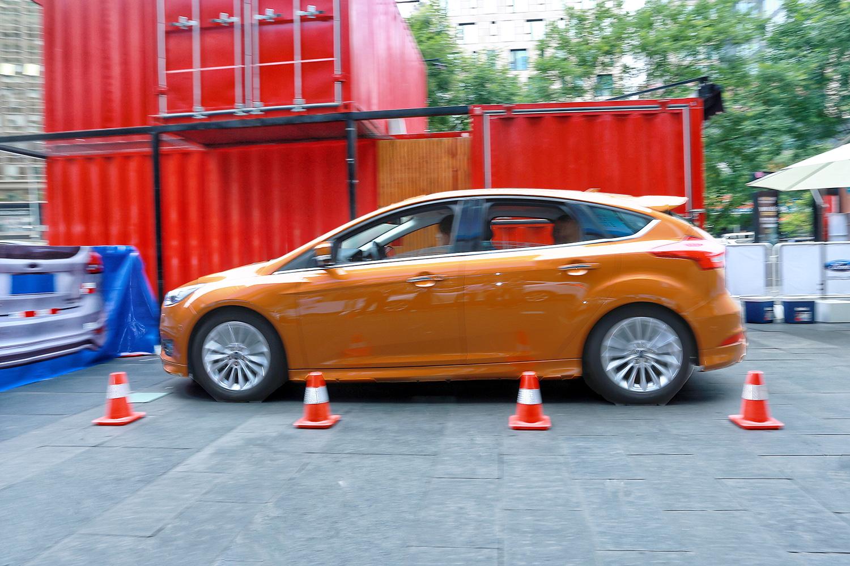 福特汽车搭载创新的驾驶辅助技术有效提升行车安全