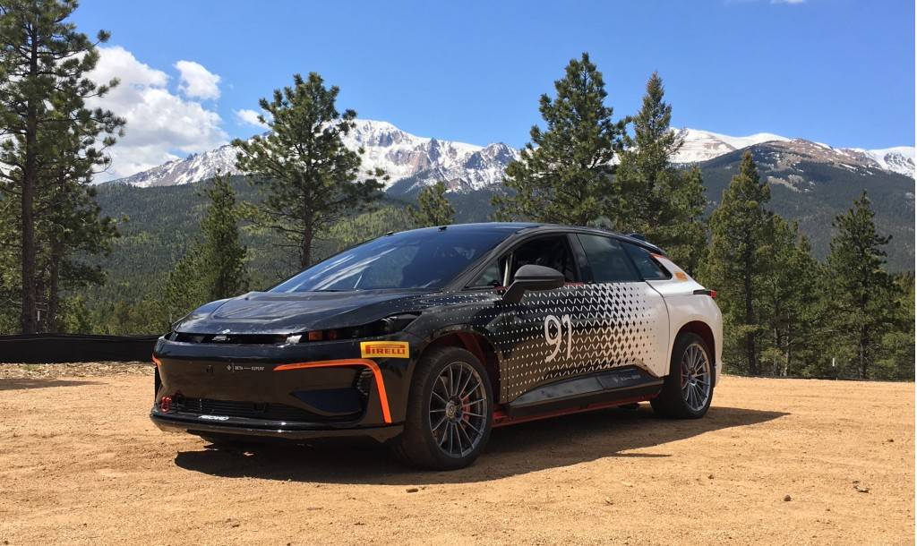 faraday-future-ff-91-during-testing-for-2017-pikes-peak-international-hill-climb_100608976_l