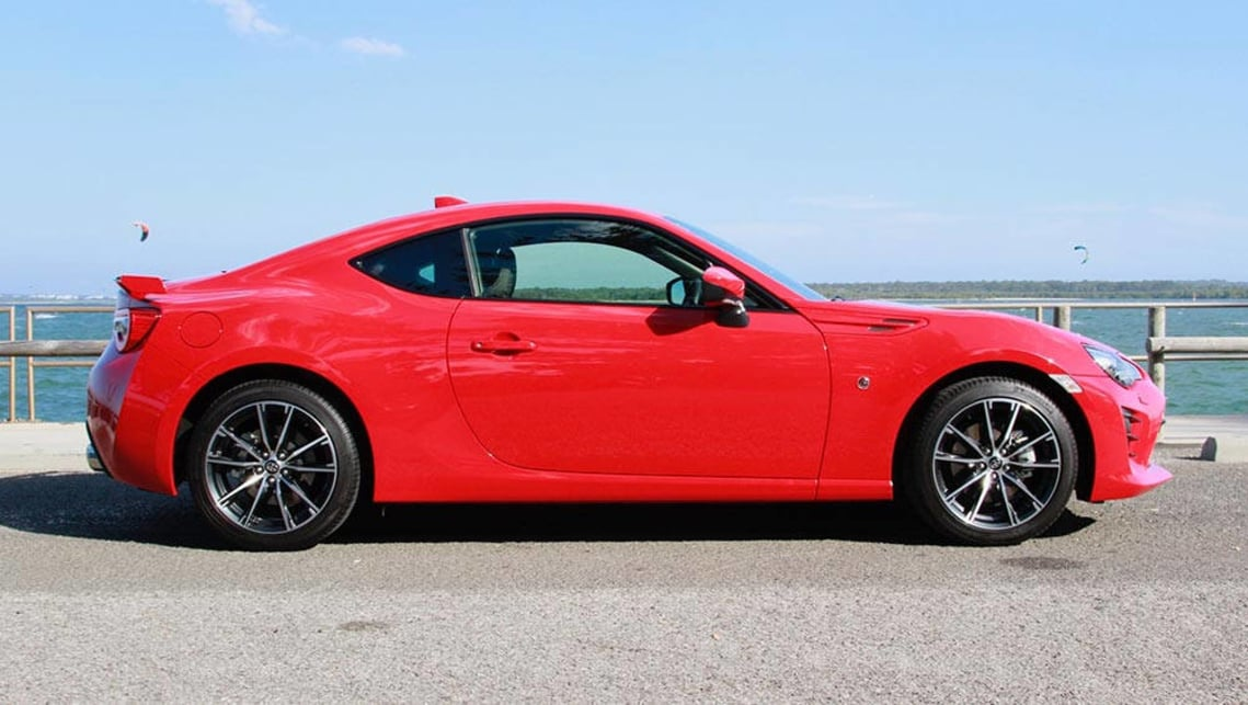 toyota-86-2017-red-coupe-28129