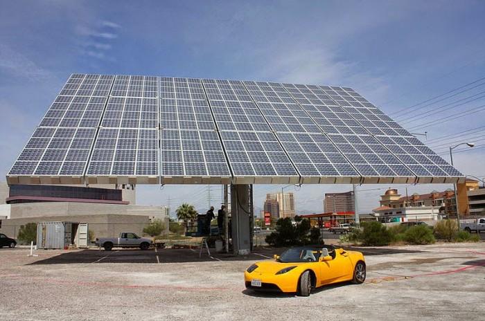 Tesla-coup-solar-panels