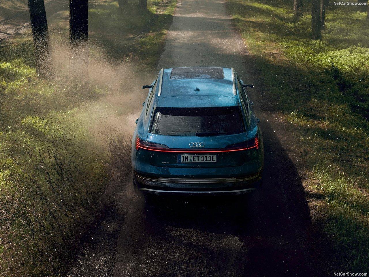 Audi-e-tron-2020-1280-18