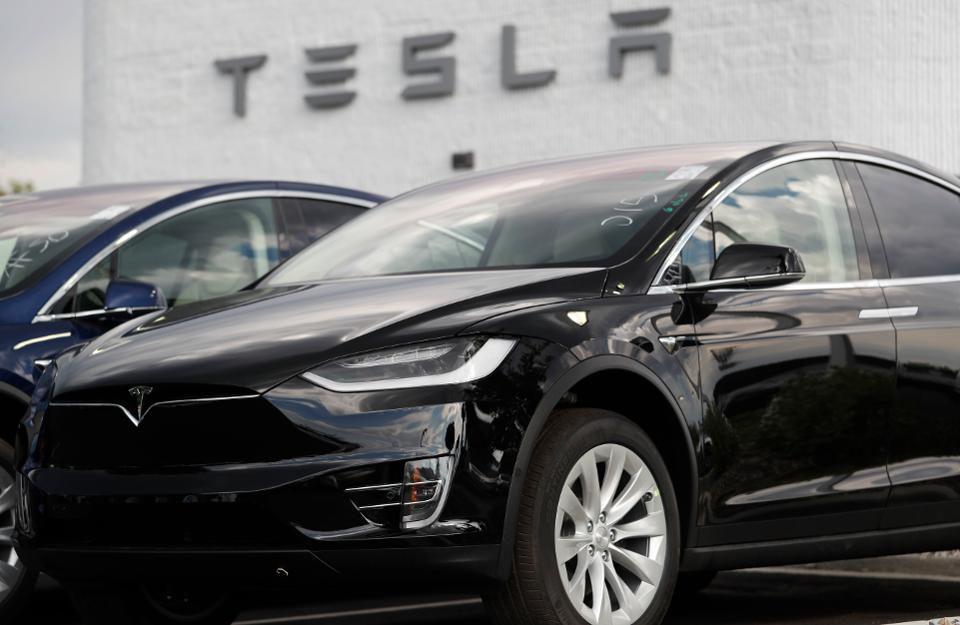 """""""Tesla""""的图片搜索结果"""