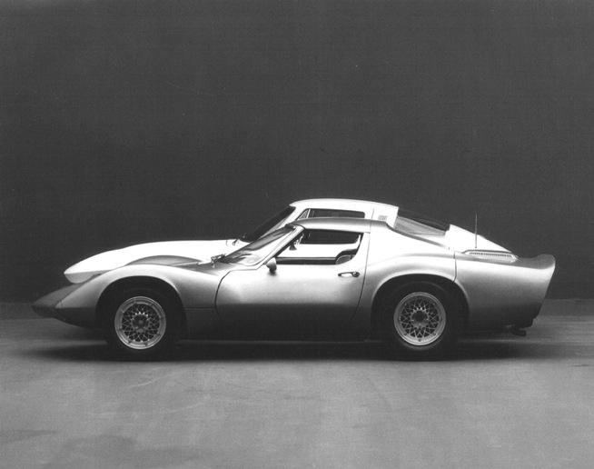 1964_Chevrolet_Corvette_XP-819_Rear_Engine_03