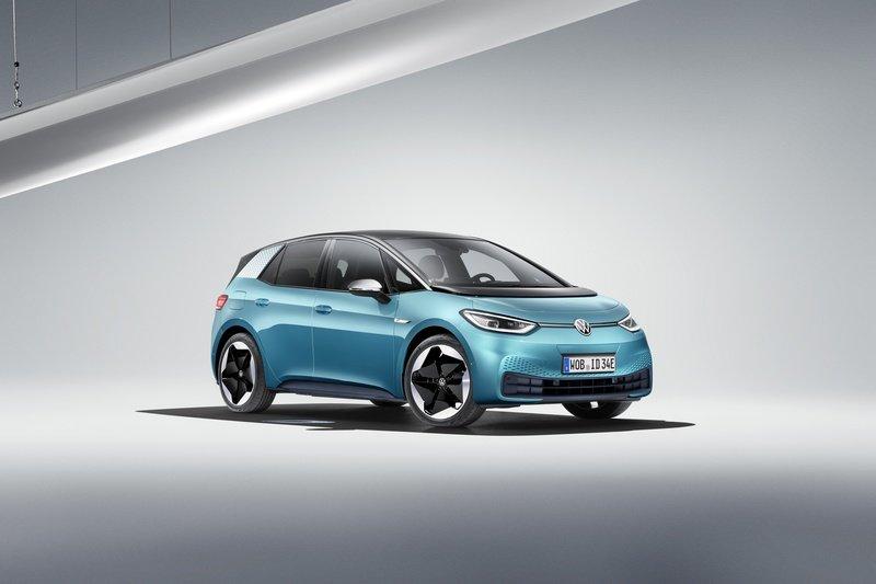 2020-volkswagen-id-3-9_800x0w