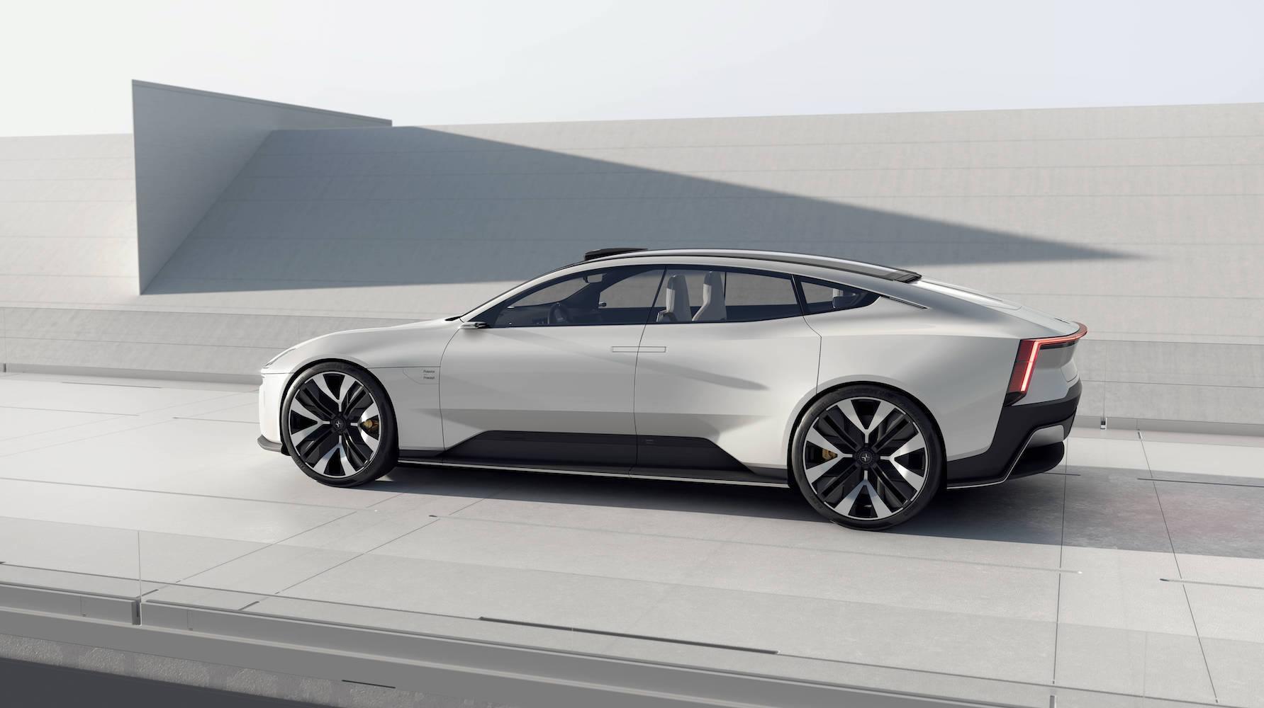 极星Precept__拥有GT轿车特有的低姿态车身和流畅的外形轮廓