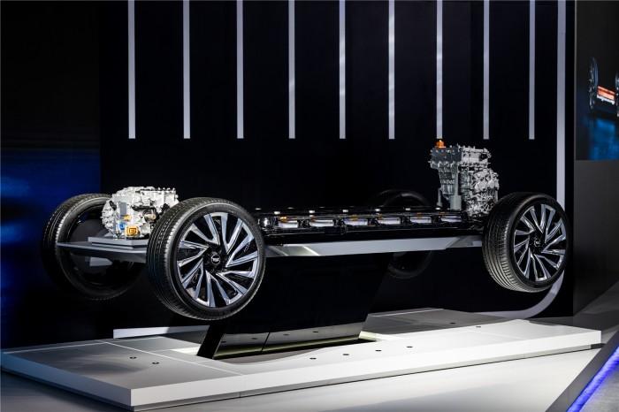 奥特能电动车平台将以十足的动力、续航力和创造力,打造覆盖各品牌与细分市场的多元化电动产品阵容